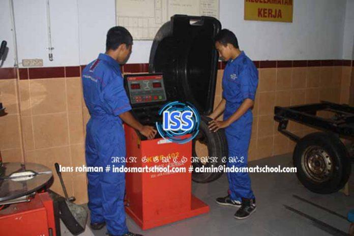 Pengertian Dan Sejaran Otomotif indo smart school