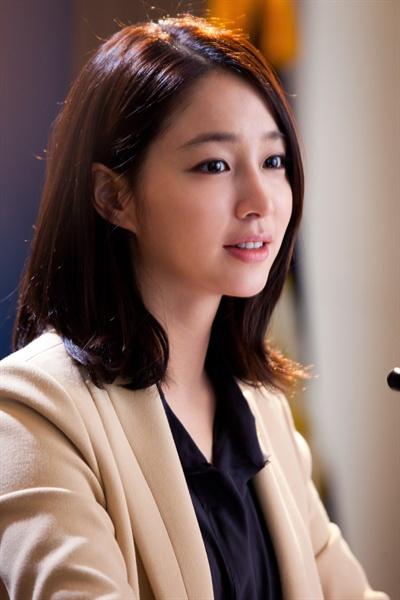 Biografi Lee Min-jung Aktris Korea