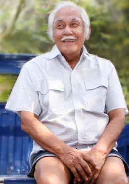 Biografi Bob Sadino Pengusaha