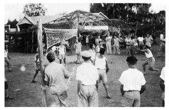 https://1.bp.blogspot.com/-5IX_VifUAyk/V9J5Vz6S8tI/AAAAAAAAAJs/tvnUZBqppOAug4qV10Gp8RExzLs4TJgYQCEw/s320/Sejarah-bola-voli-Indonesia.jpg